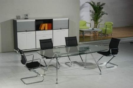 שולחן חדר ישיבות דגם זכוכית