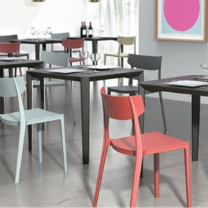 כסאות למסעדות וחדרי אוכל